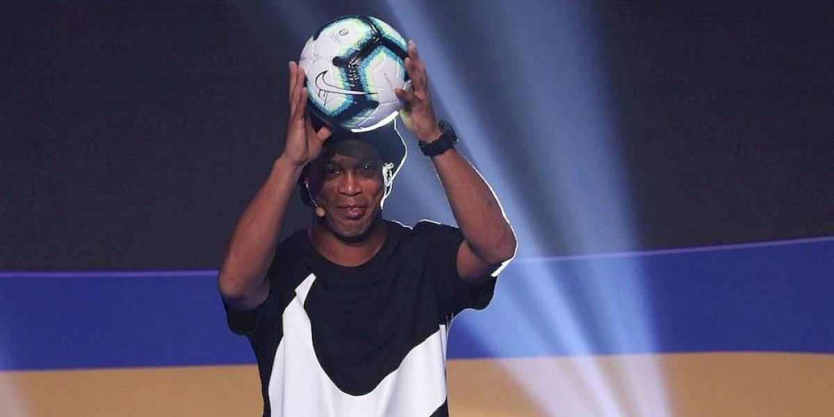 Dan a conocer uniforme que usará Ronaldinho para partido de homenaje en Cancún
