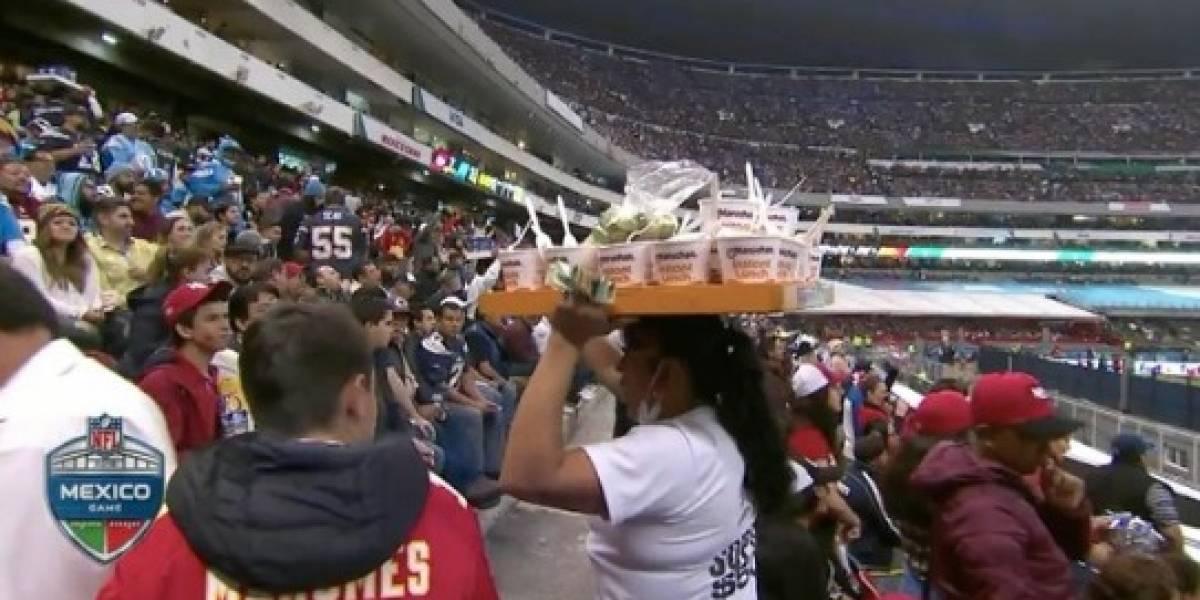 La vendedora de sopas que se hizo famosa en el Estadio Azteca