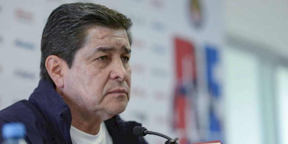 """Continuidad de Tena en Chivas va """"por buen camino"""""""