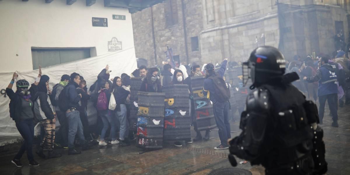 Histórico fallo de Corte Suprema en Colombia: FFAA y policía no pueden contener protestas sin violar los DDHH