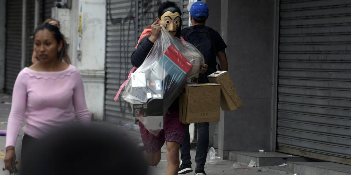 Comunas se sienten abandonadas: piden apoyo contra saqueos