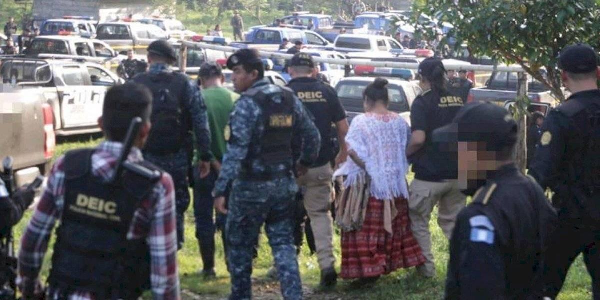 Denuncian detención ilegal de implicados en muerte de soldados en Izabal