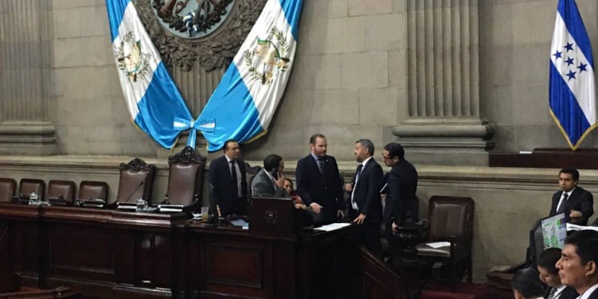 La UNE sancionará a diputados que apoyan la aprobación del presupuesto