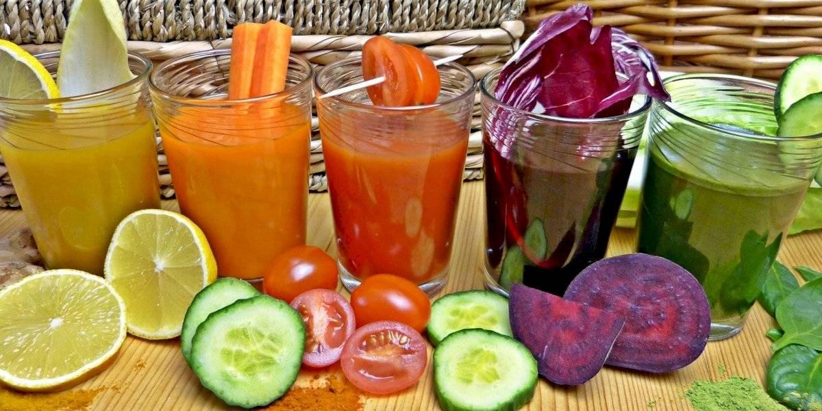 4 receitas de sucos detox essenciais para cuidar da pele no verão