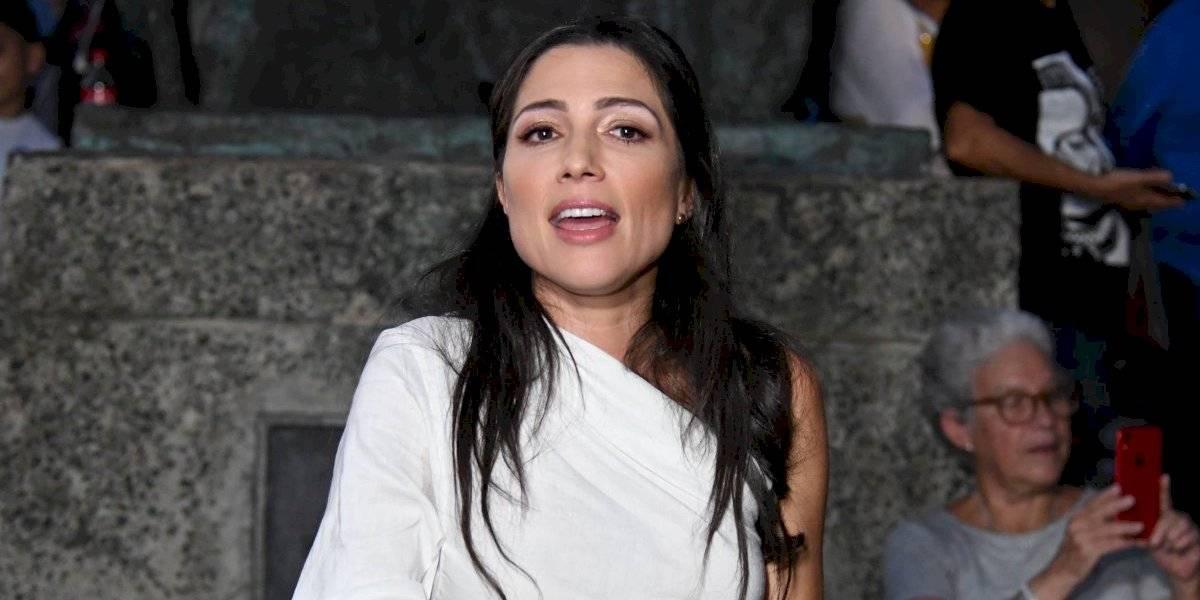 Lúgaro se defiende de demanda por discrimen contra su madre