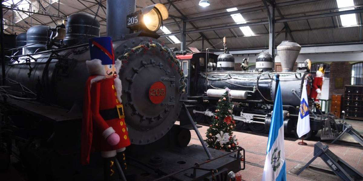 Museo del Ferrocarril reabre y muestra las locomotoras más antiguas