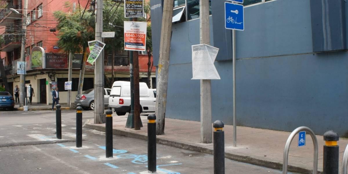 Construyen puntos de arribo para bicicletas y scooters