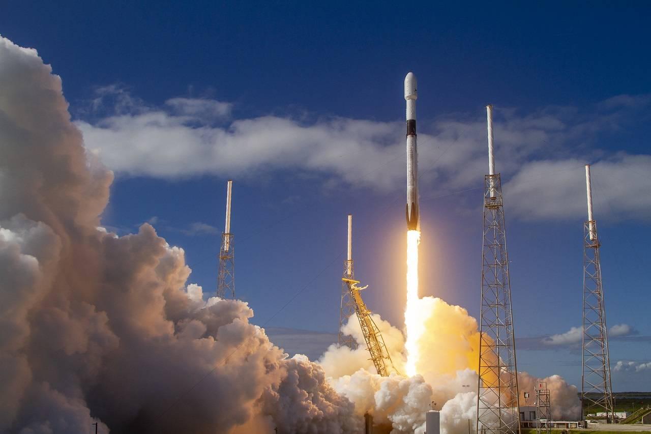 Sitio web te muestra en que lugar del mundo se encuentran satélites Starlink