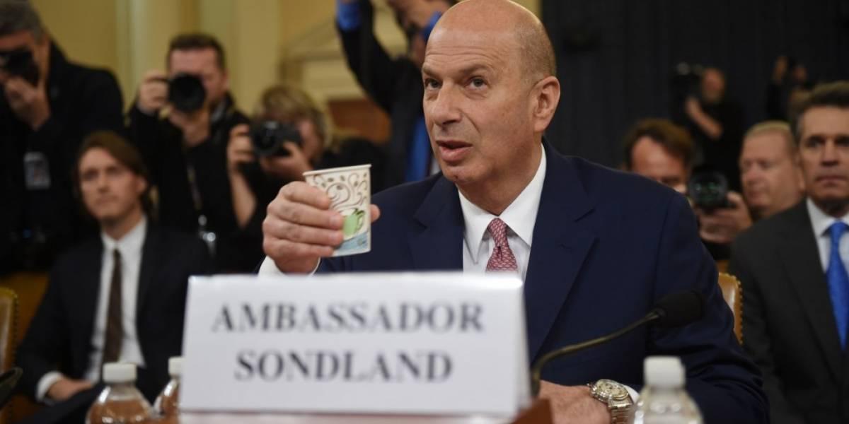Sondland ante el Congreso: Trump nunca me habló de congelar ayuda a Ucrania