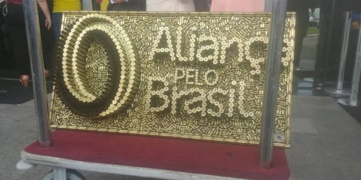 TSE encontra sete mortos em lista de apoios apresentada pelo partido de Bolsonaro