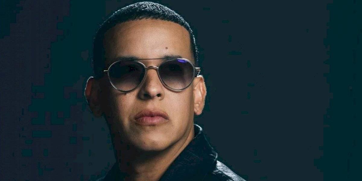 Destrozan a Daddy Yankee por cantar a capella y sonar muy mal