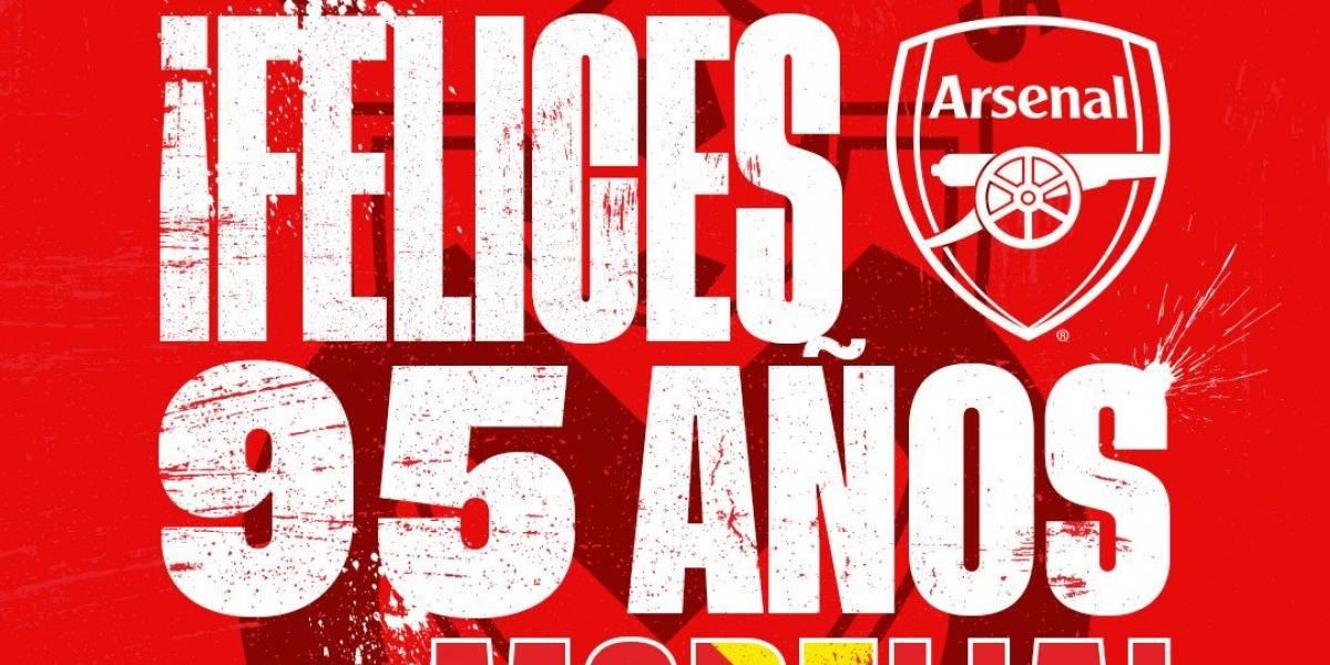 Por basarse en Wikipedia, Arsenal sufre épico trolleo de Monarcas Morelia