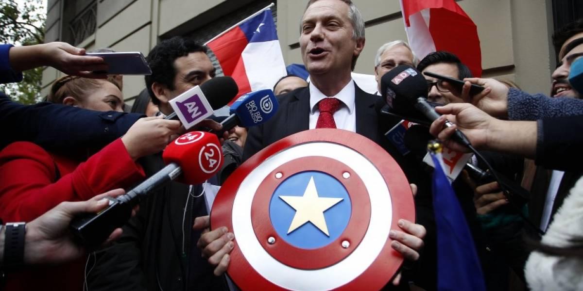 Marvel prohíbe disfraces de Capitán América en campañas electorales