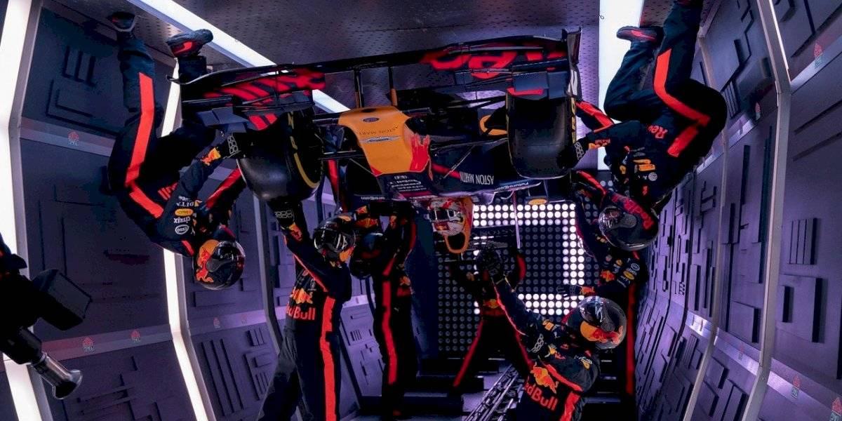 Red Bull realiza parada de pits en gravedad cero