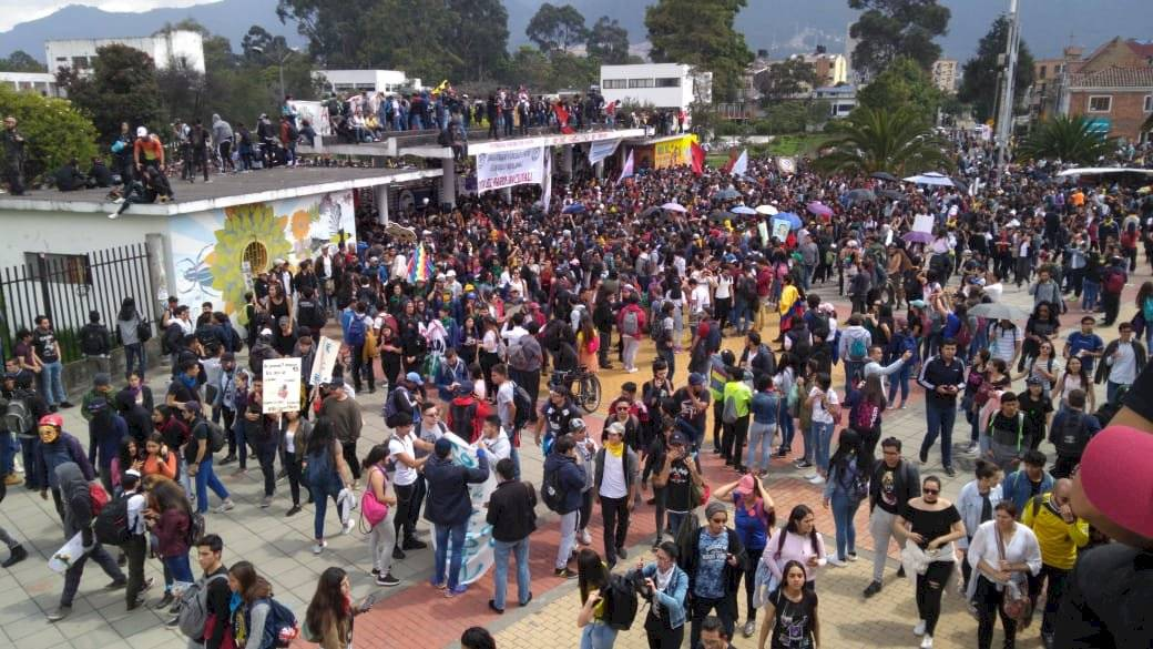 Diversos contingentes se reunieron para marchar en contra del presidente María Paula Suárez/Publimetro Colombia