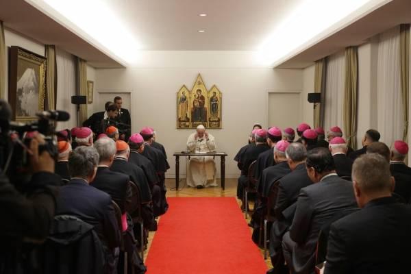 El papa Francisco hace un llamamiento profético al desarme nuclear en Japón