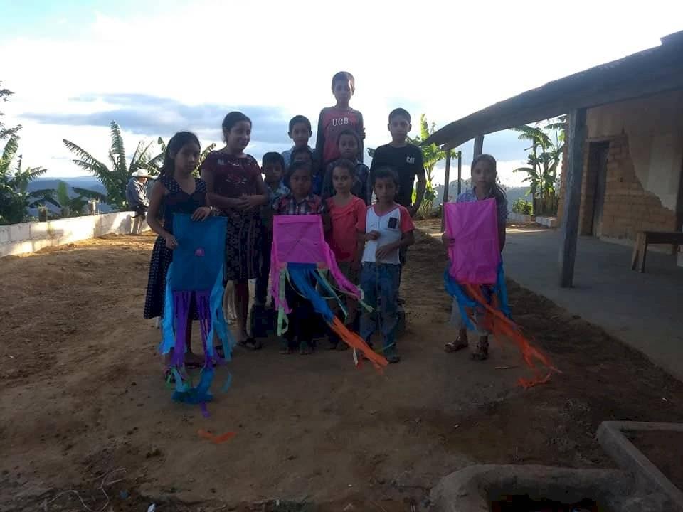 Alumnos de la escuela del caserío Terrero Barroso