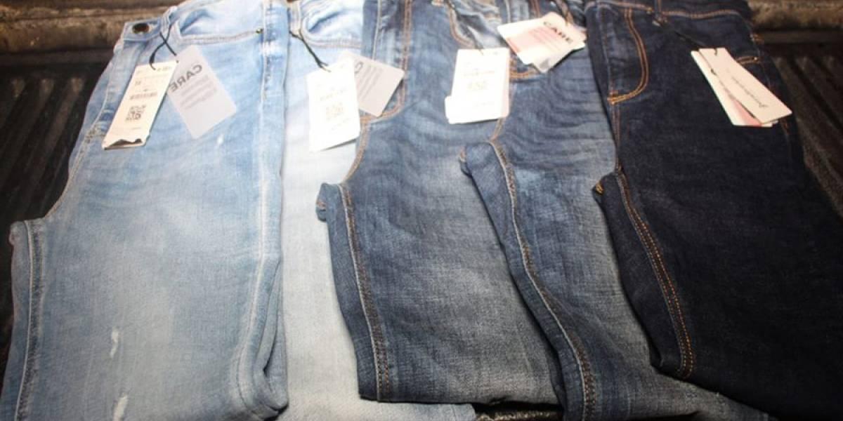 Consignan a mujer acusada de robar pantalones en centro comercial en zona 10