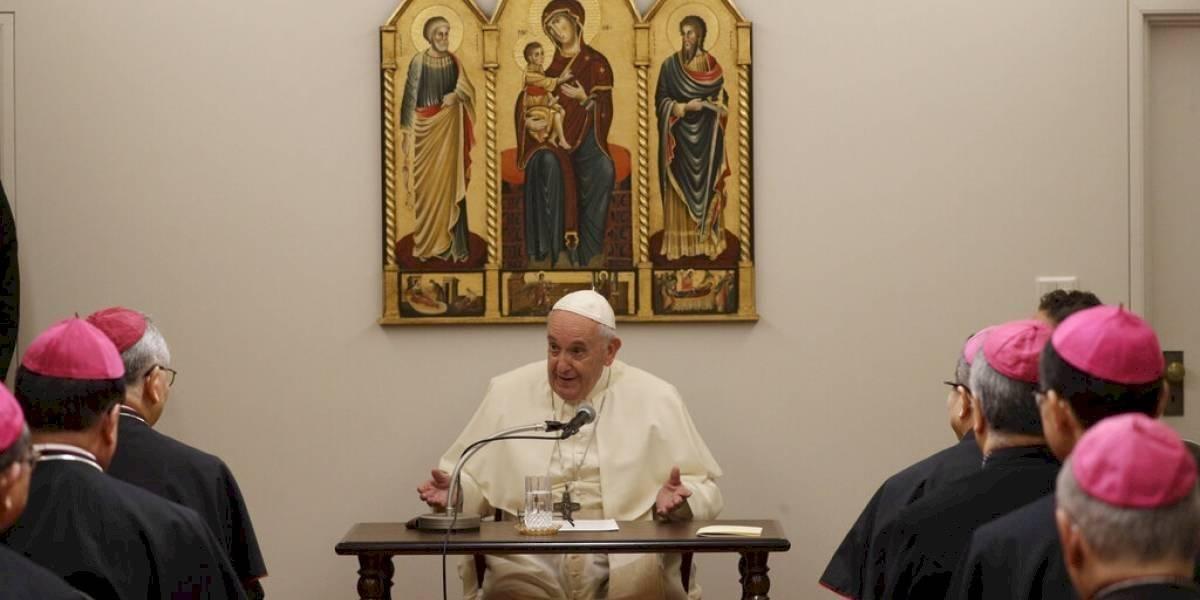 "Papa Francisco llega a Japón llamando al ""desarme nuclear"""