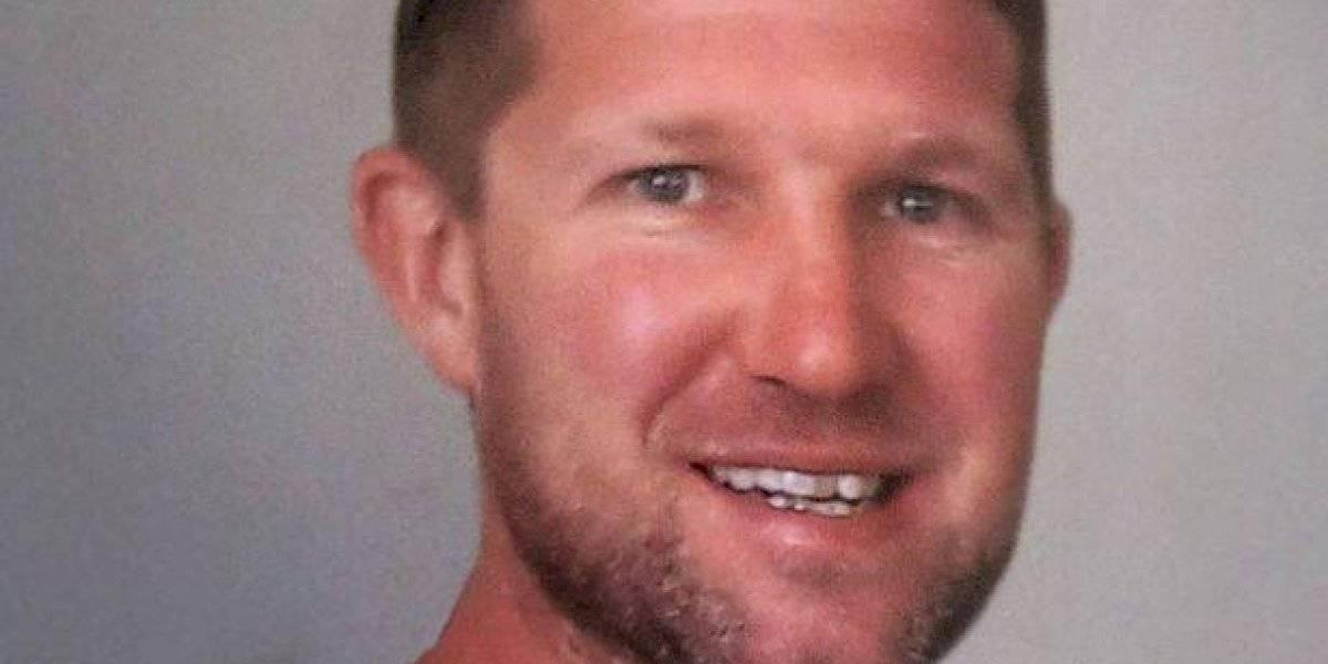 O bilhete que este homem jogou no mar quando tinha 12 anos, ressurge misteriosamente depois de sua morte