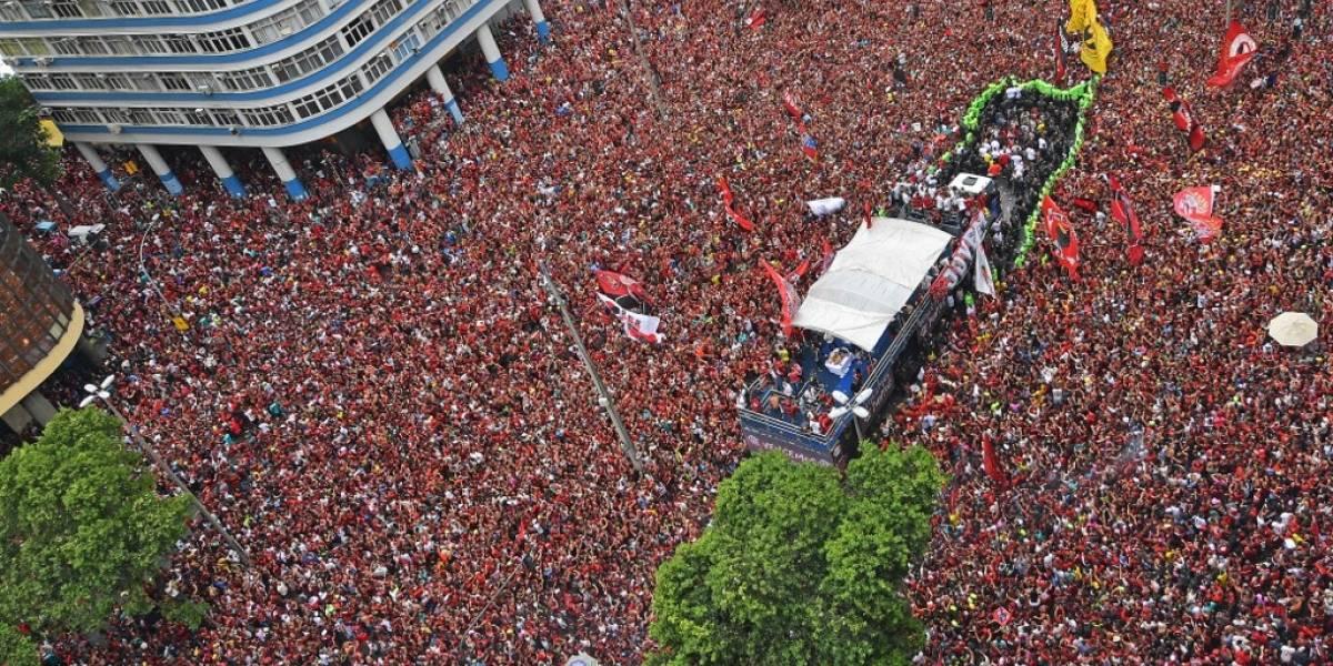 VIDEO. Río de Janeiro se paraliza para recibir a los campeones de Libertadores