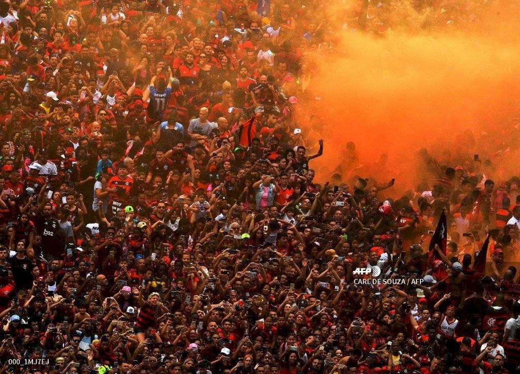 Foto AFP   De rojo y negro se vistió la ciudad brasileña de Río con la llegada de Flamengo