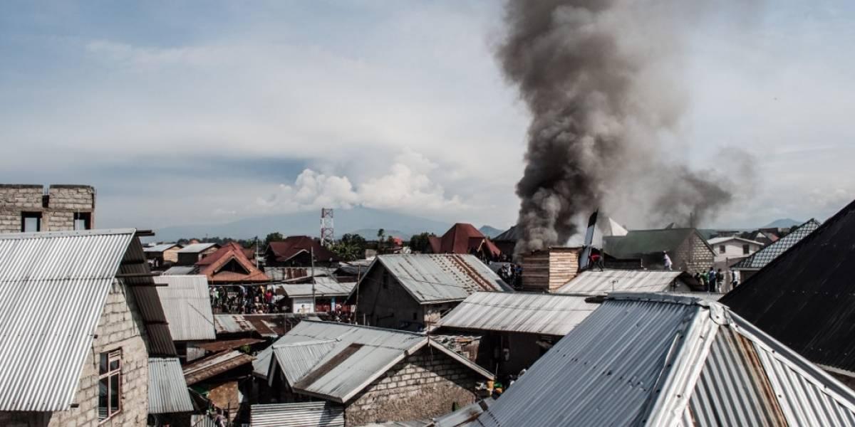VIDEOS. Más de 20 muertos por accidente aéreo en el Congo