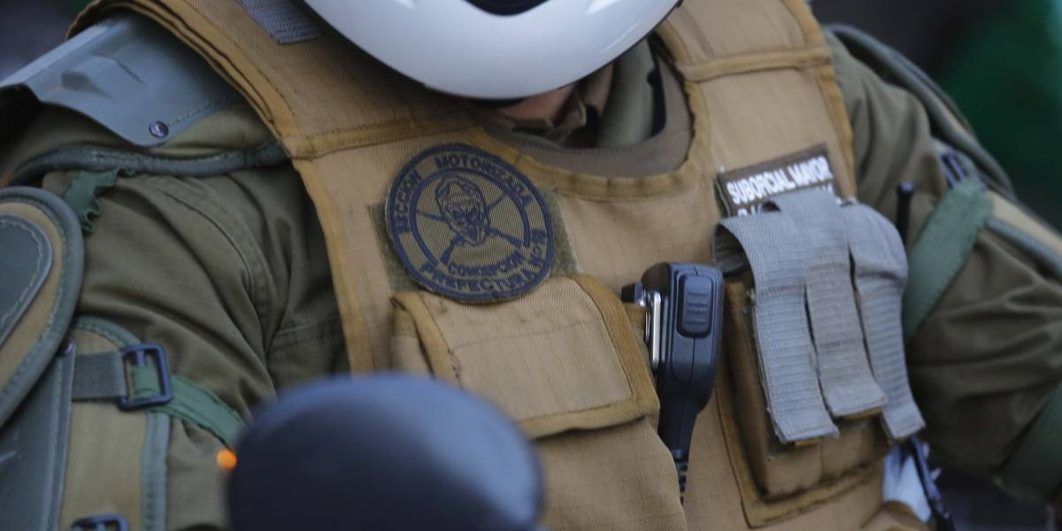 """Cómo olvidar a """"Superdick"""": Carabineros ingresa respuesta a Contraloría por uso de apodos y denuncia amenazas de muerte a uniformado"""