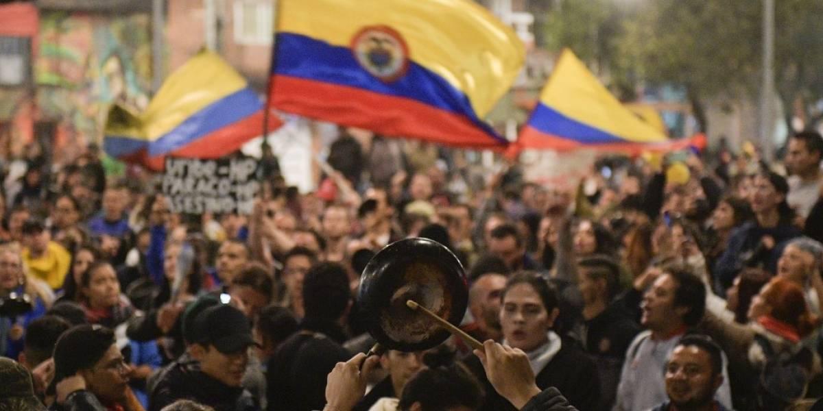 """Duque adelanta """"conversación nacional"""" tras tres días de protestas en Colombia"""
