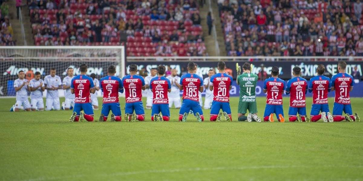 VIDEO: Chivas dedica emotivo homenaje a Jorge Vergara