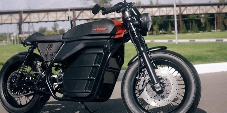 Izh: Kalashnikov se pone retro y presenta su moto eléctrica