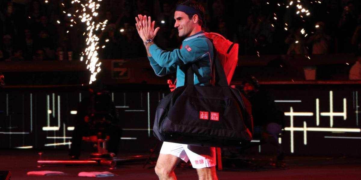 Federer cumple en México y derrota a Zverev en The Greatest Match