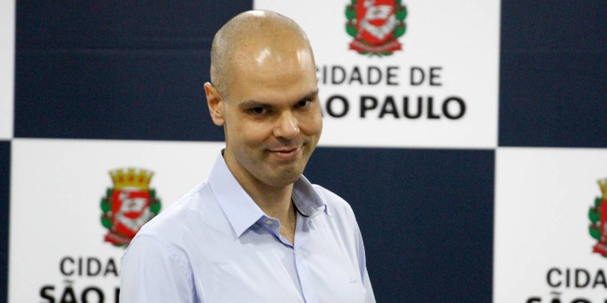 Em recuperação, Bruno Covas volta a despachar do hospital nesta segunda