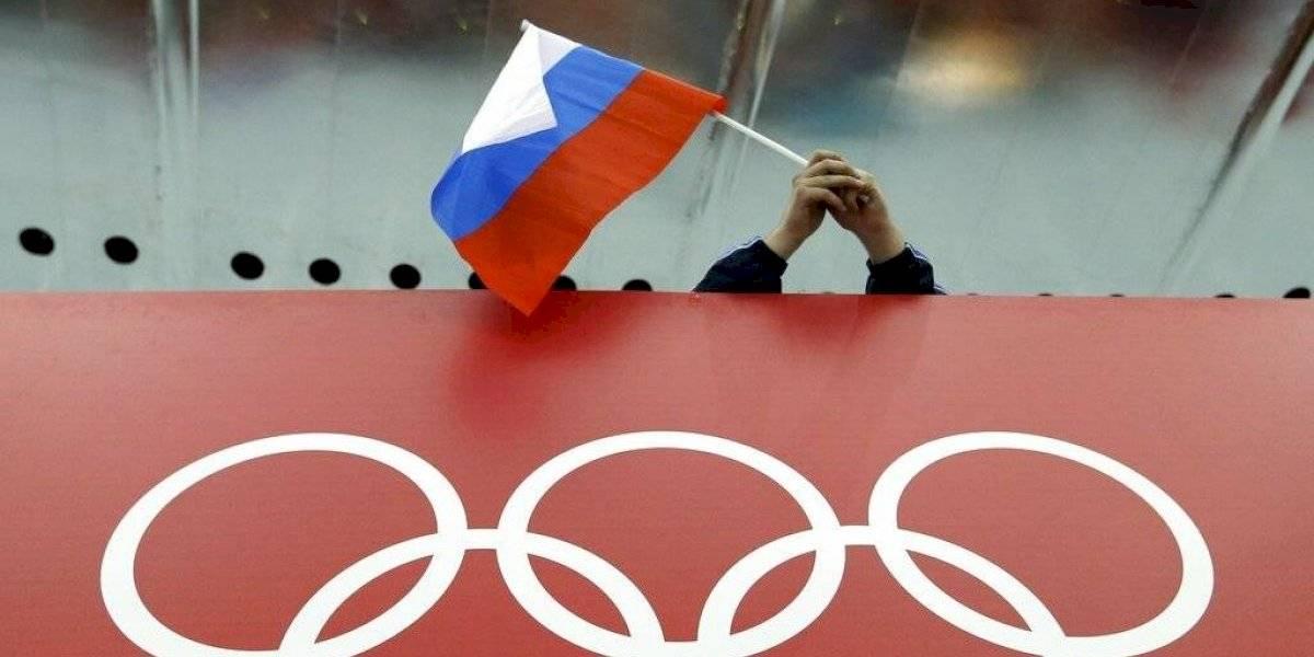 AMA recomienda a deportistas rusos competir con estatus neutral