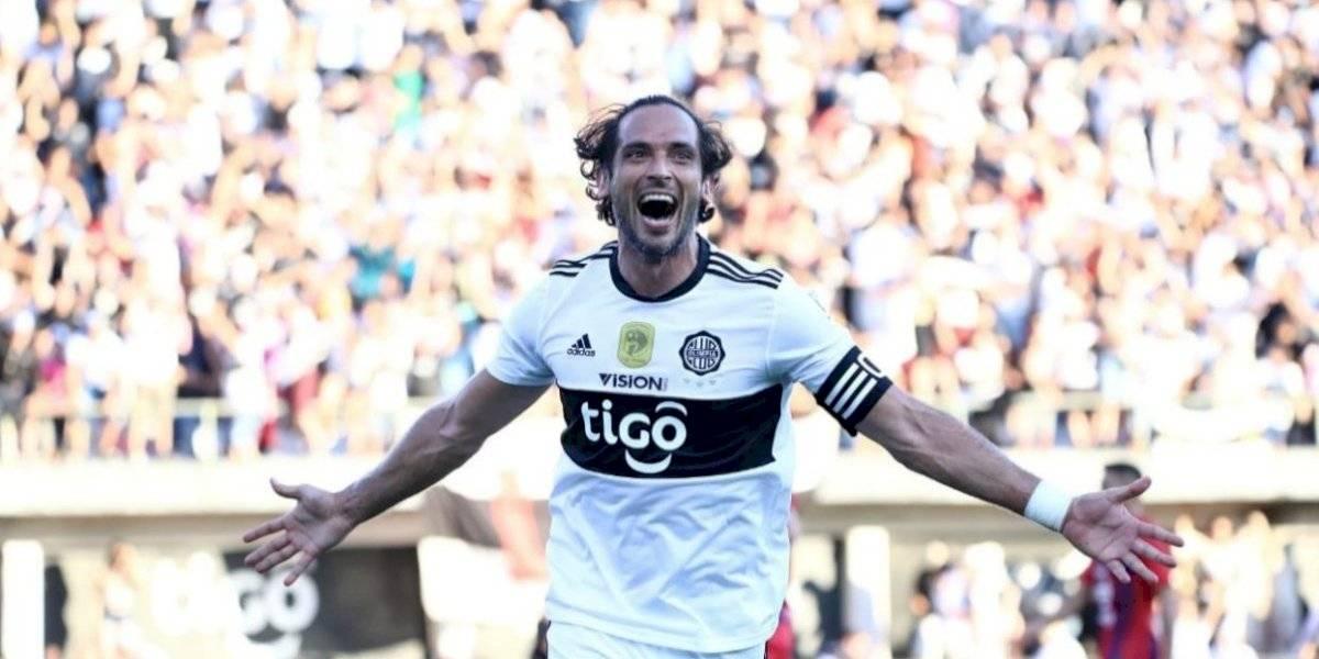 Vibrante clásico paraguayo Olimpia-Cerro Porteño: Santa Cruz anotó un póker y Amorebieta mordió a un rival en la nuca