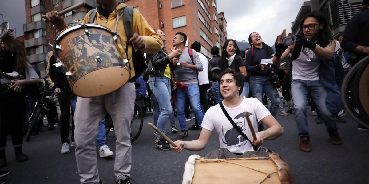 Vías y estaciones de TransMilenio paralizadas por marchas de este miércoles