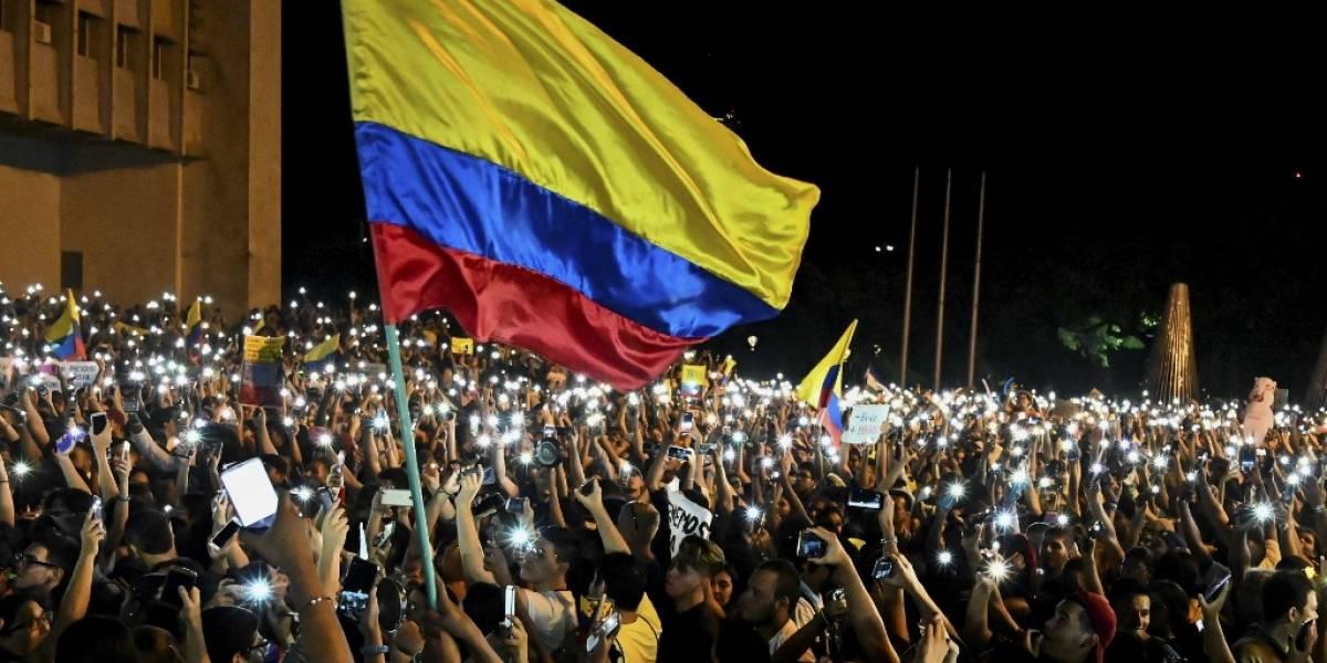 """Colombia acusa a 59 venezolanos de """"actos vandálicos""""y los expulsa del país"""