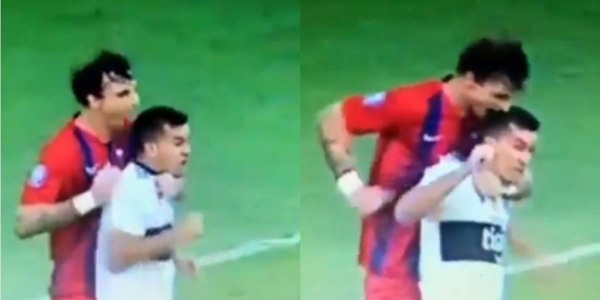 VIDEO: Jugador muerde en la cabeza a un rival en pleno partido