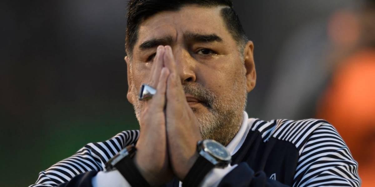 """""""Está muy lúcido"""": Maradona evoluciona favorablemente tras operación cerebral"""