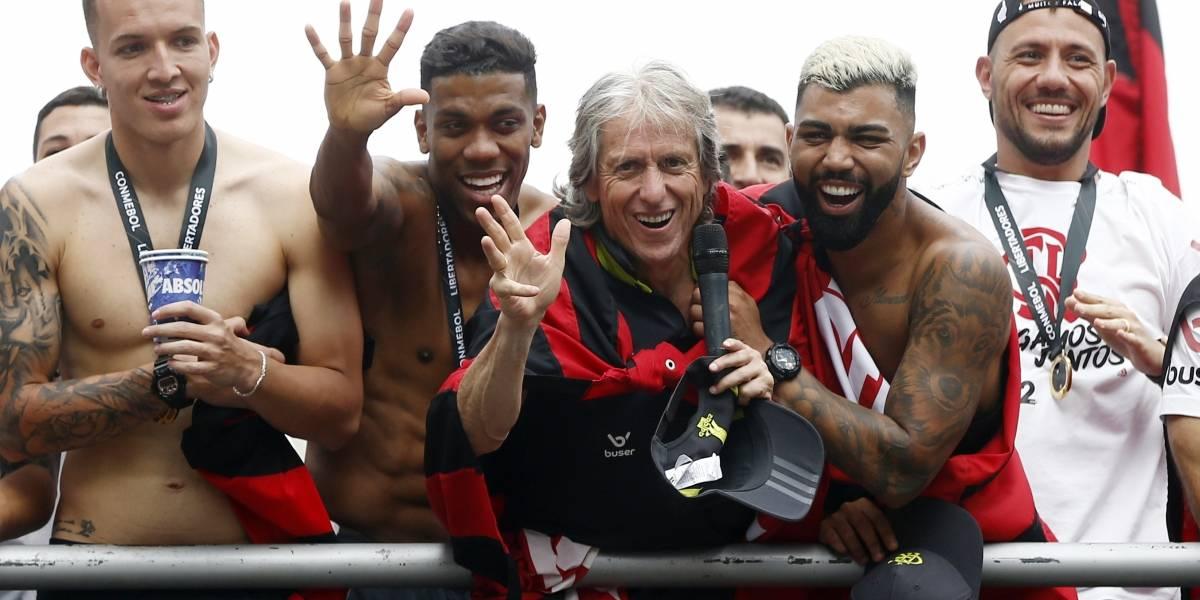 Flamengo vai ao Qatar tentar o bicampeonato do Mundial de Clubes