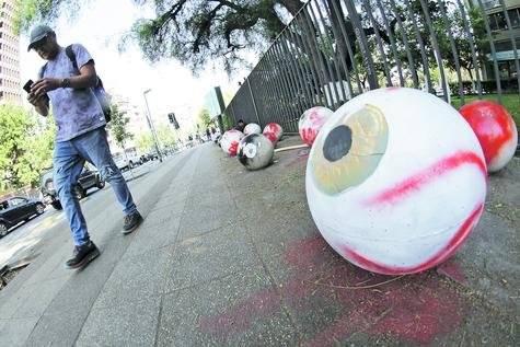 Ojos heridos