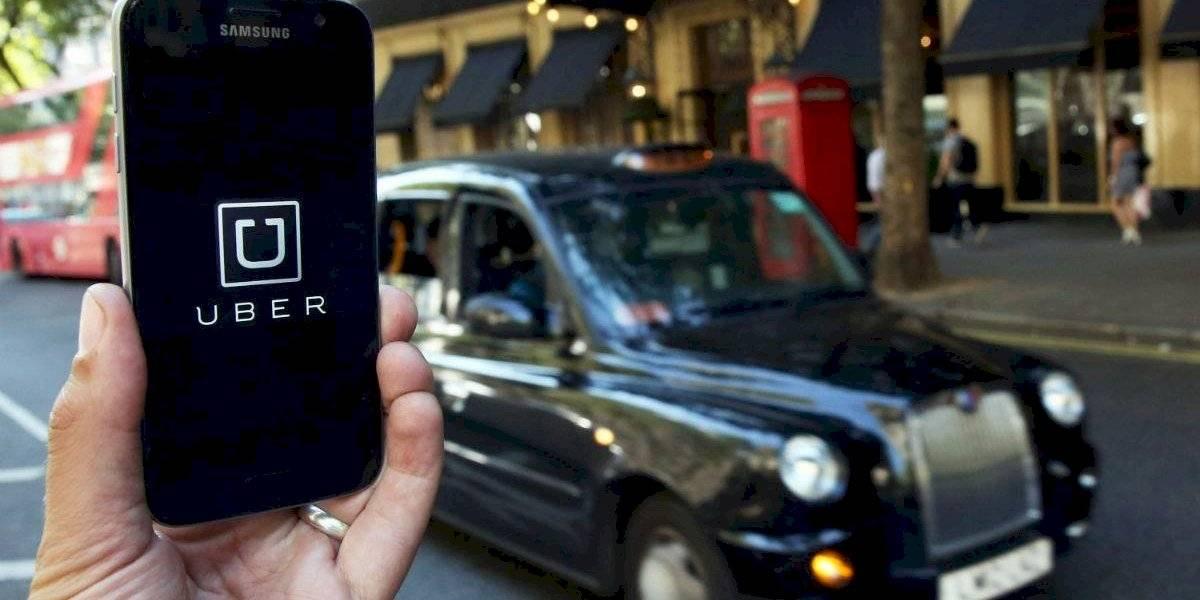 Uber pierde la licencia para operar en Londres por viajes sin seguro