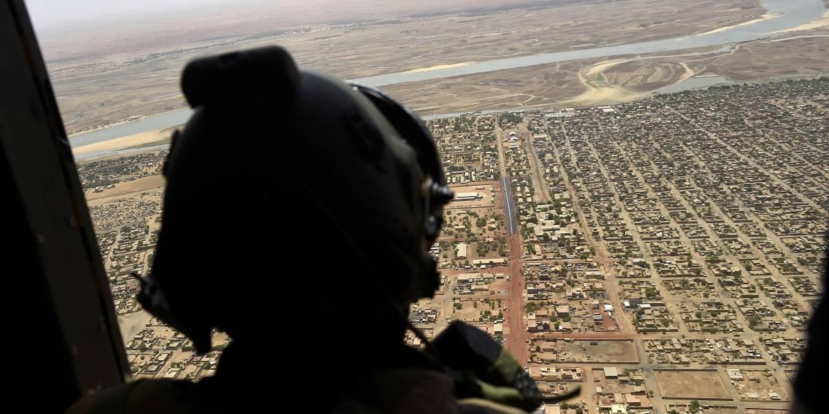 Tragedia aérea en Mali: choque de helicópteros mata al menos 13 soldados franceses
