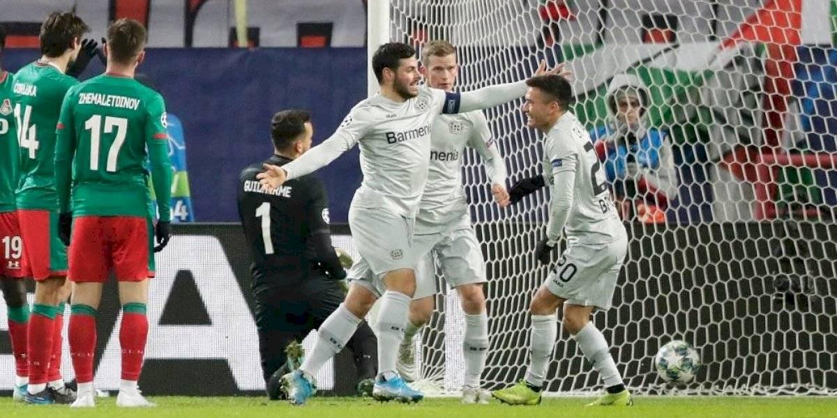 Champions: Charles Aránguiz fue fundamental en triunfo crucial del Leverkusen que aseguró su continuidad europea