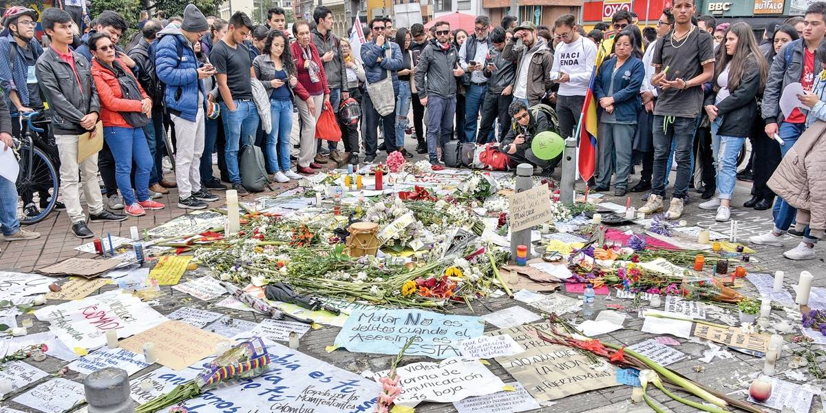 Convocada greve geral após morte de estudante na Colômbia