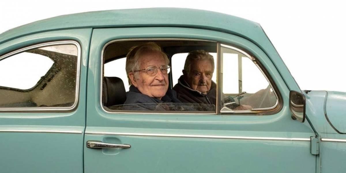 Noam Chomsky y Pepe Mujica buscan en Kickstarter financiamiento para terminar su documental
