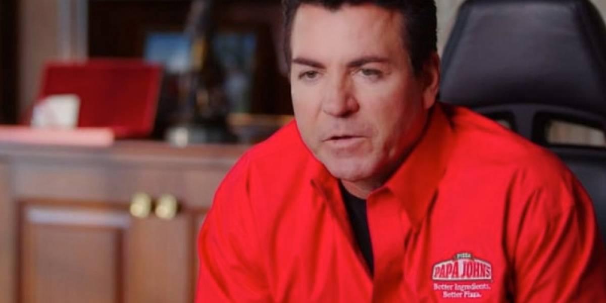 Ex CEO de Papa John's enloquece en entrevista, dice que las pizzas ahora son malas y habla del juicio final
