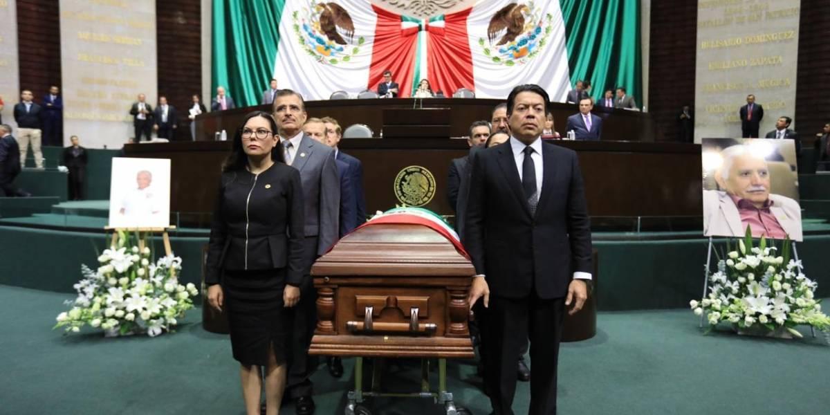 Brindan homenaje de cuerpo presente a diputado Maximiliano Ruiz Arias