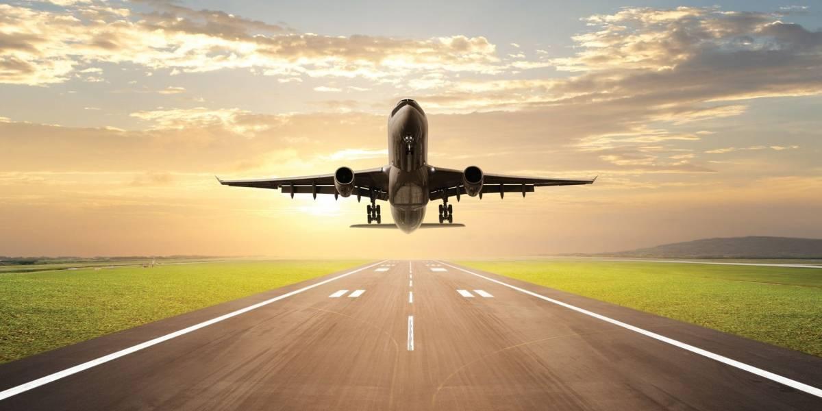 La DGAC reporta incidentes por uso de punteros láser contra aviones
