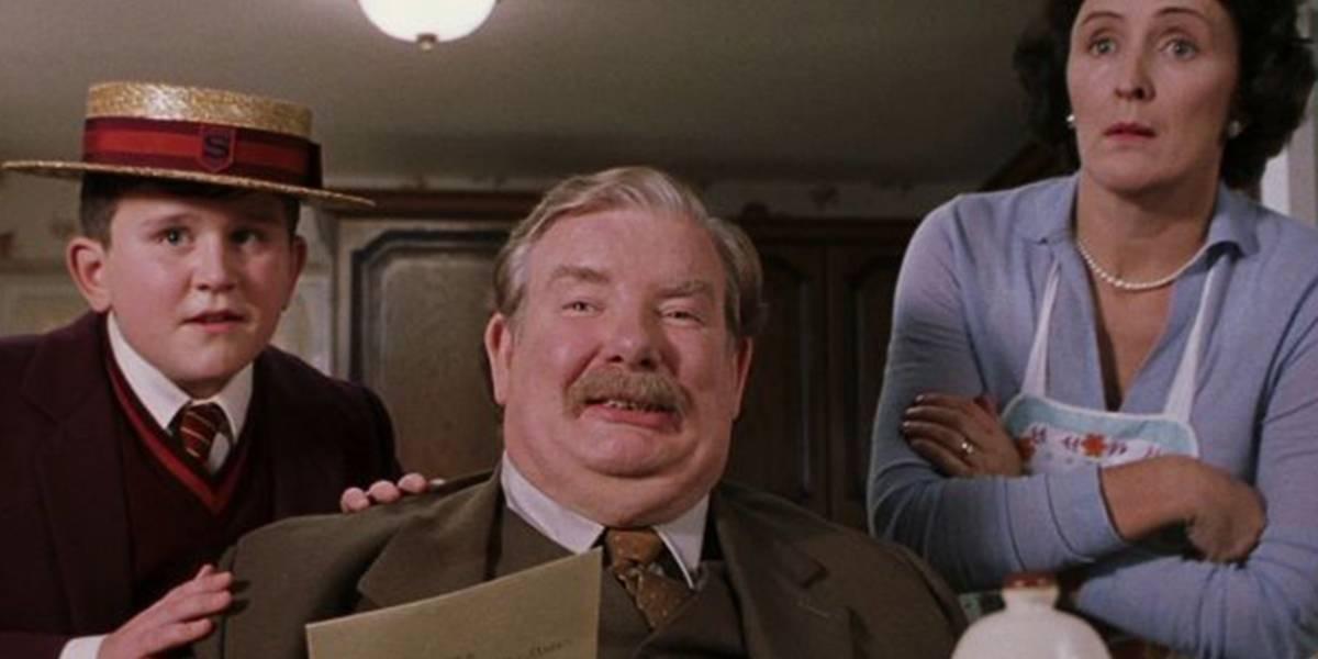 Ator de 'Harry Potter' aparece irreconhecível na série 'His Dark Materials'
